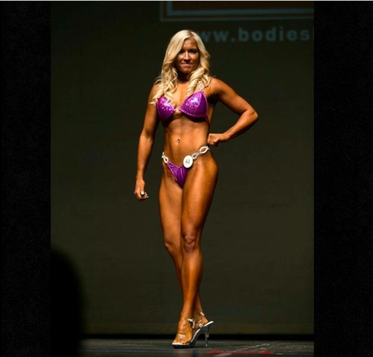 Bodybuilding (bikini division)
